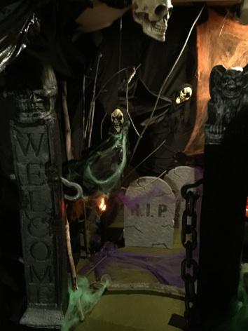 halloween scene rip